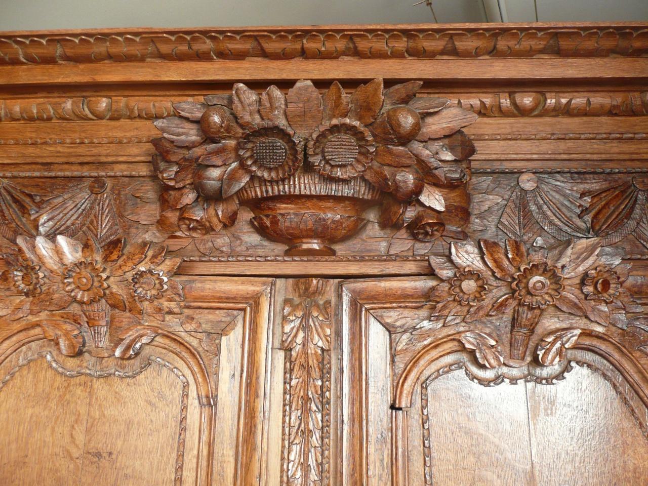 Antique passion vous propose une magnifique armoire normande - Prix d une armoire normande ...